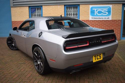2016 Dodge Challenger R/T SHAKER HEMI V8 For Sale (picture 2 of 6)