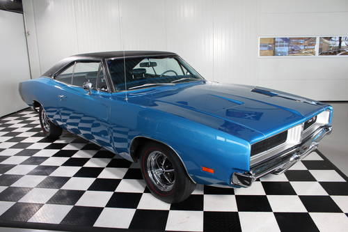 1969 Dodge Charger RT, Numbers match & restored ! For Sale (picture 1 of 6)