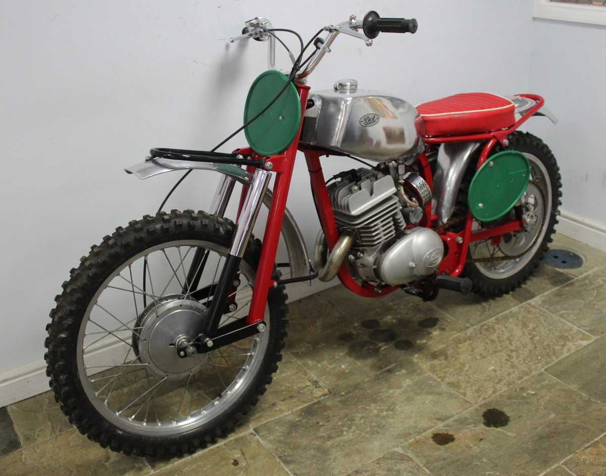 c1964 Dot Demon 250 cc Special Scrambler With Square frame  SOLD (picture 5 of 6)
