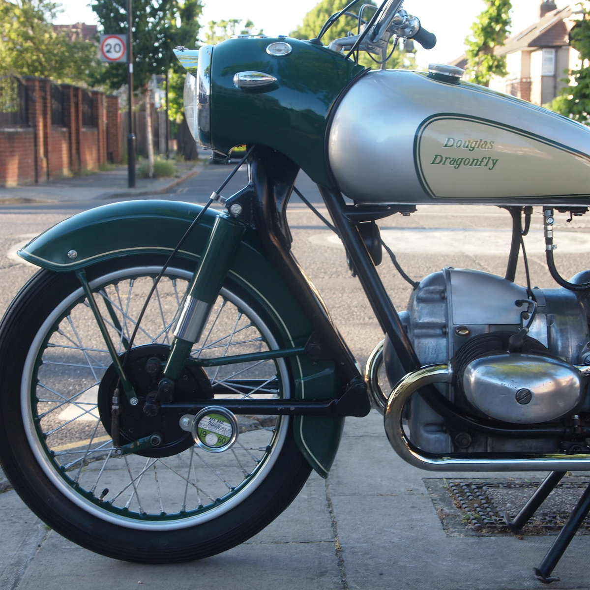 1957 Douglas Dragonfly 350 In Rare Reverse Colours. For Sale (picture 6 of 6)