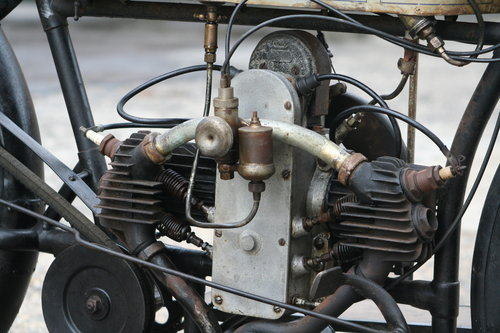 Douglas 350cc 1915 original running condition SOLD (picture 3 of 6)