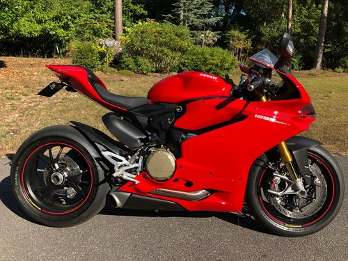 2015 Ducati 1299S Panigale 93 Miles only! Immaculate! For Sale (picture 1 of 6)
