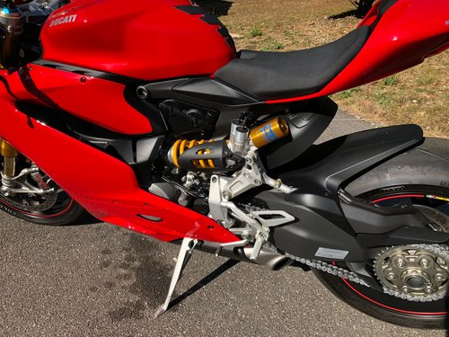 2015 Ducati 1299S Panigale 93 Miles only! Immaculate! For Sale (picture 2 of 6)