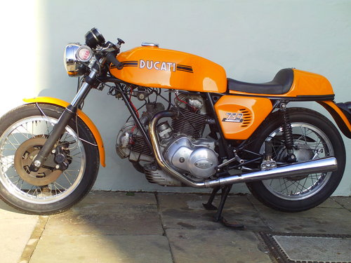 1975 DUCATI 750 SPORT ROUNDCASE SOLD (picture 3 of 6)