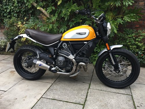 2017 Ducati Scrambler Classic 337miles Nice Extras Perfect Con SOLD (picture 1 of 6)
