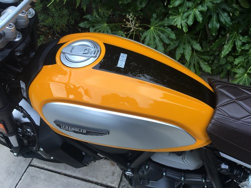 2017 Ducati Scrambler Classic 337miles Nice Extras Perfect Con SOLD (picture 4 of 6)