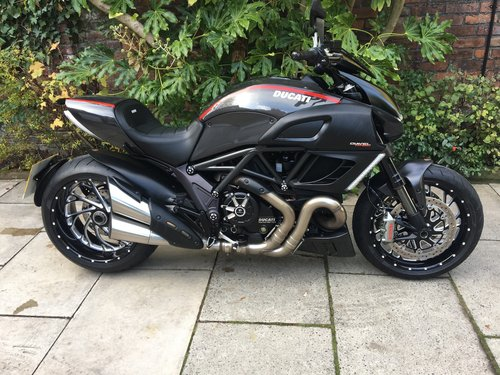 2015 Ducati Diavel Urban Pack 3192miles, Perfect Condition SOLD (picture 1 of 6)