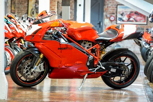 2004 Ducati 749R Stunning Condition with Termignoni Exhaust For Sale (picture 6 of 6)