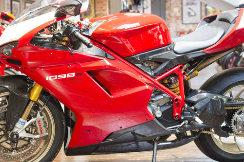 2008 Ducati 1098R Stunning low mileage example For Sale (picture 6 of 6)