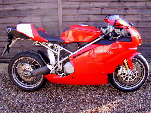 Ducati 999S Mono  (UK bike, 2500 miles) 2003 03 Reg. SOLD (picture 1 of 6)