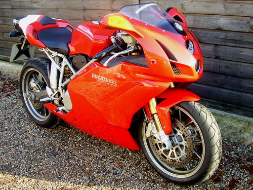 Ducati 999S Mono  (UK bike, 2500 miles) 2003 03 Reg. SOLD (picture 2 of 6)