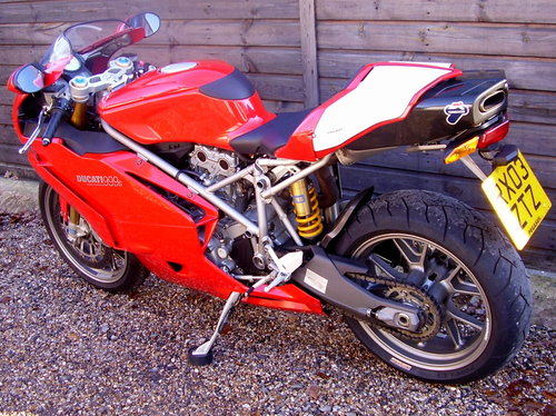 Ducati 999S Mono  (UK bike, 2500 miles) 2003 03 Reg. SOLD (picture 3 of 6)