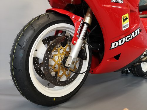 1991 Ducati 851, like new, only 11346 km SOLD (picture 3 of 6)
