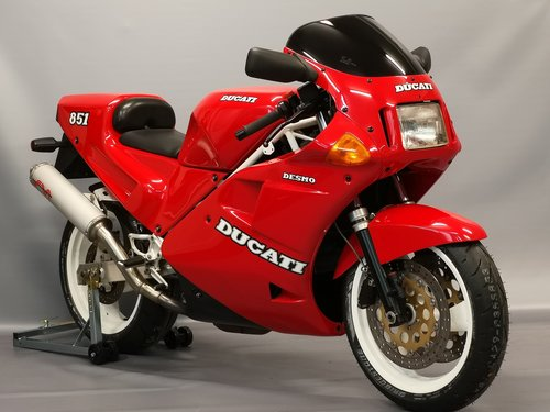 1990 Ducati 851, new full service, tyres... SOLD (picture 1 of 6)