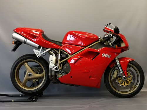 1999 Ducati 996 - Series 1 like new  - One Owner - New Service For Sale (picture 1 of 6)