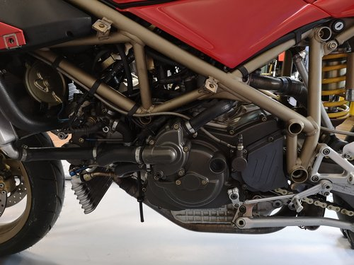 1999 Ducati 996 - Series 1 like new  - One Owner - New Service For Sale (picture 4 of 6)