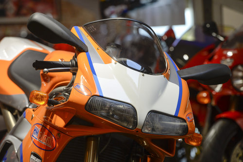 2002 Ducati 996S Neil Hodgson Replica Brand New Old Stock For Sale (picture 4 of 6)