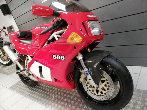 1992 Ducati 888 SP4 limited edition 406/500 SOLD (picture 2 of 6)