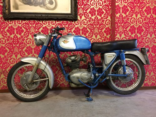 1960 nice ducati 125 overhead camschaft For Sale (picture 2 of 4)