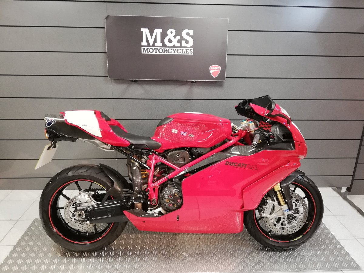 2004 Ducati 749R  For Sale (picture 1 of 6)