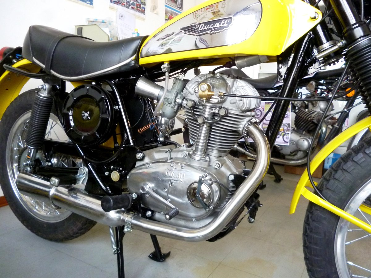 1974 Ducati 250 Scrambler low mileage For Sale (picture 1 of 6)