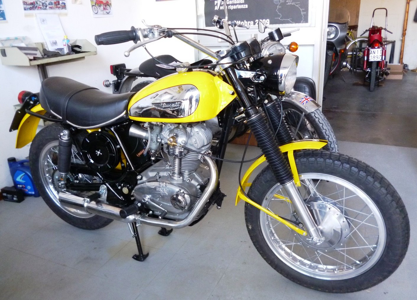 1974 Ducati 250 Scrambler low mileage For Sale (picture 3 of 6)