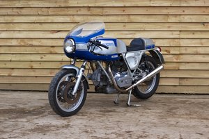 1976 DUCATI 900SS – RIGHT FOOT GEARS