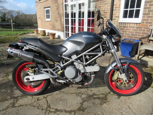 2003 Ducati Monster M620i se only 14k Carbon exhausts