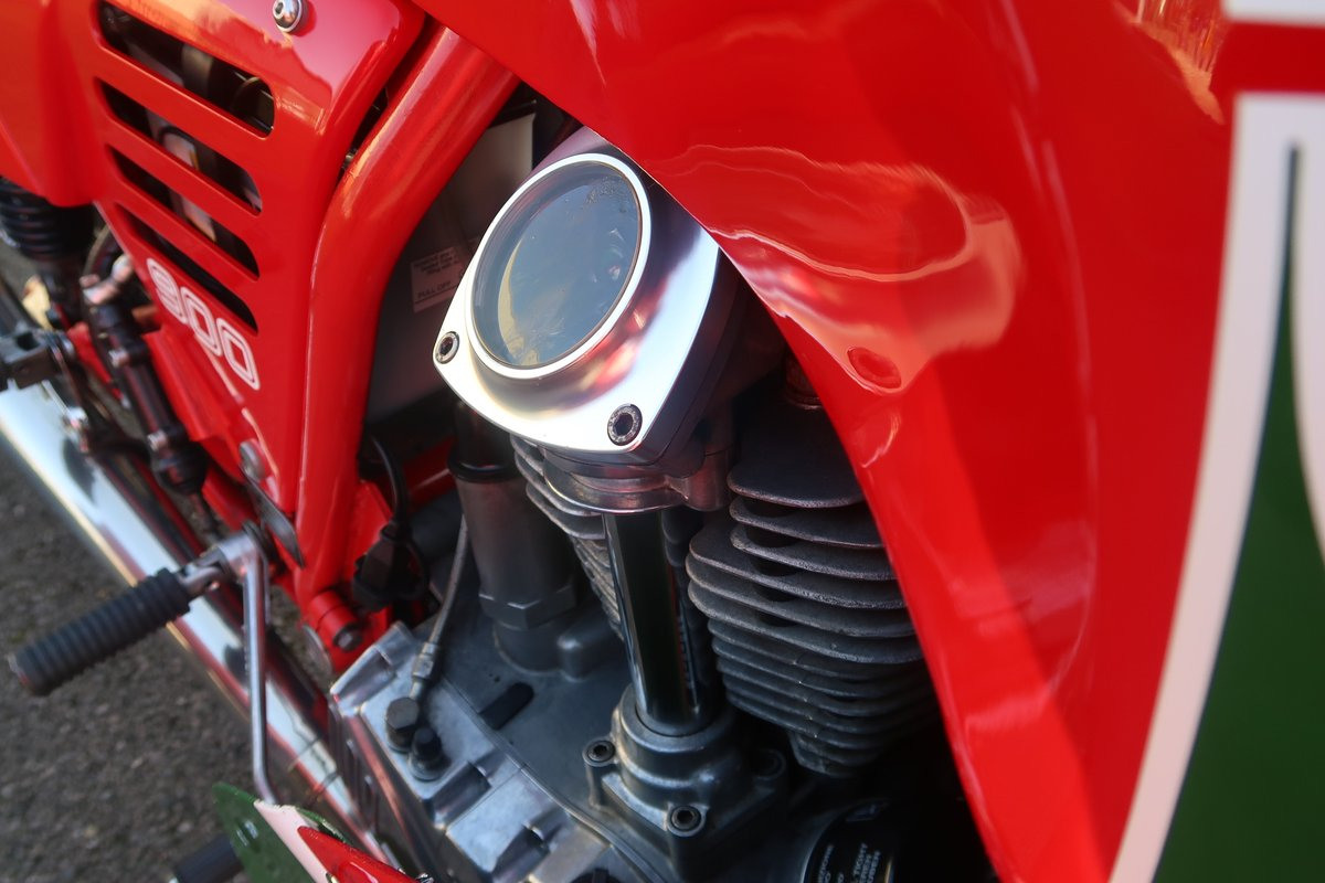 1984 Ducati 900S2 MHR Mike Hailwood Replica  For Sale (picture 3 of 6)