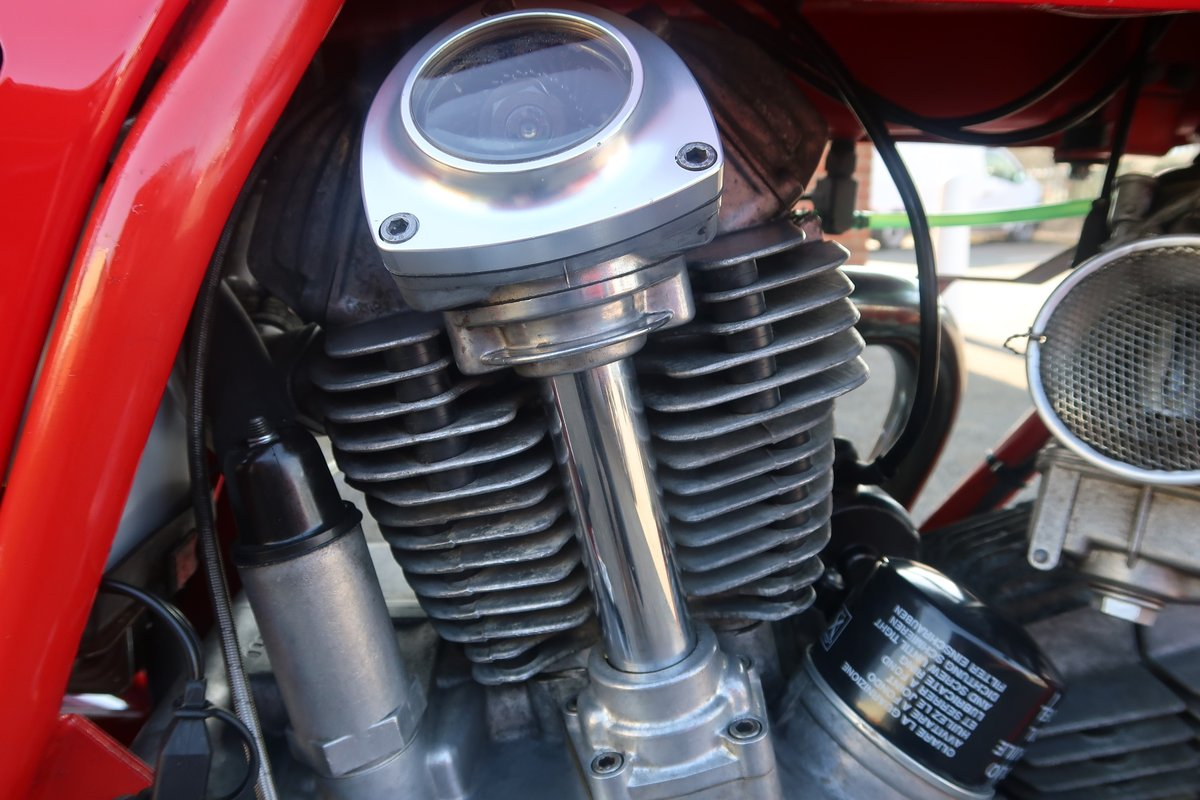 1984 Ducati 900S2 MHR Mike Hailwood Replica  SOLD (picture 4 of 6)