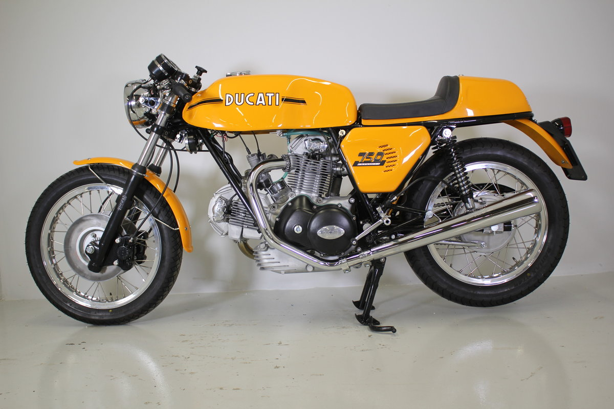 1973 Ducati 750 sport fully restored. For Sale (picture 2 of 5)