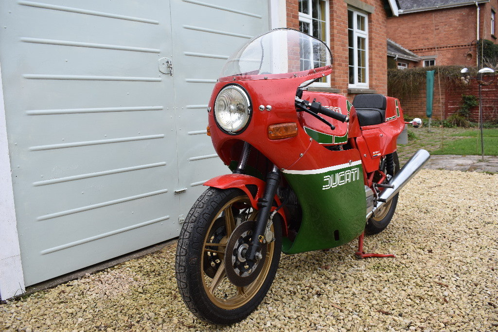 A 1983 Ducati Mike Hailwood Replica - 01/06/2019 For Sale by Auction (picture 3 of 6)