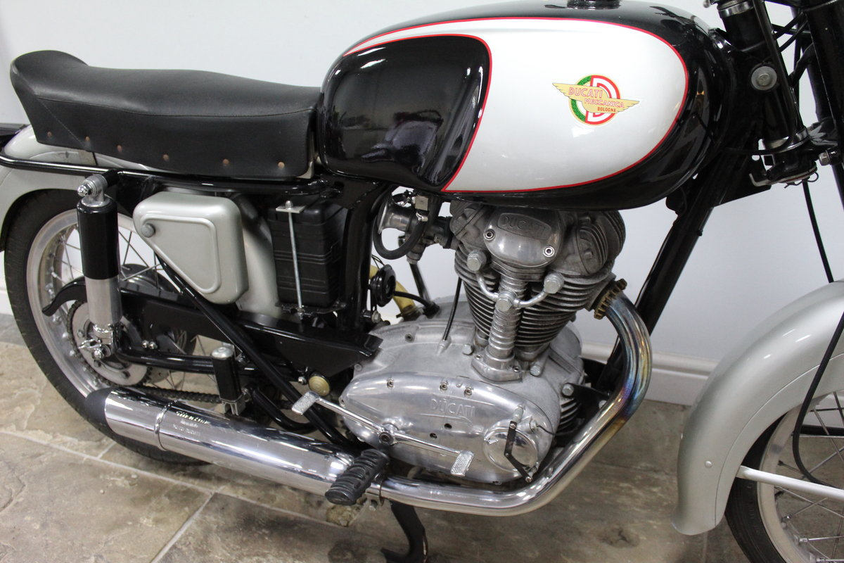 1966 Ducati 350 cc Sebring Lovely classic Ducati  For Sale (picture 2 of 6)