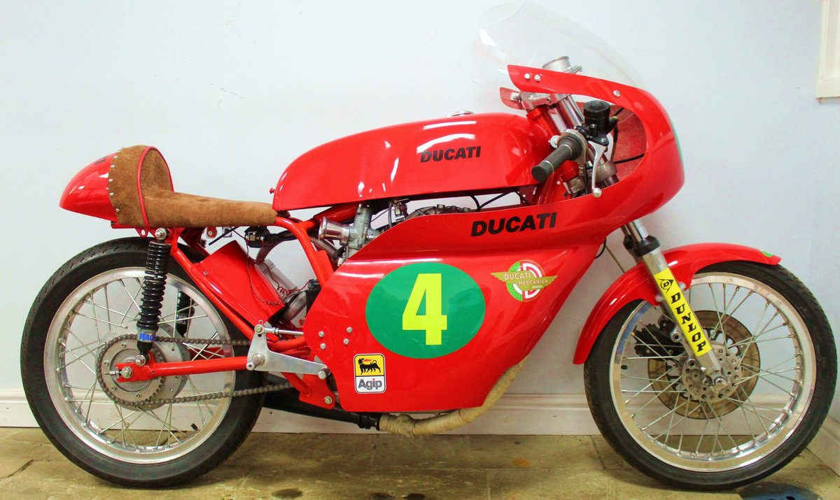 c1970 Ducati 250 cc Road Racer , Beautiful Period Race Bike SOLD (picture 1 of 6)