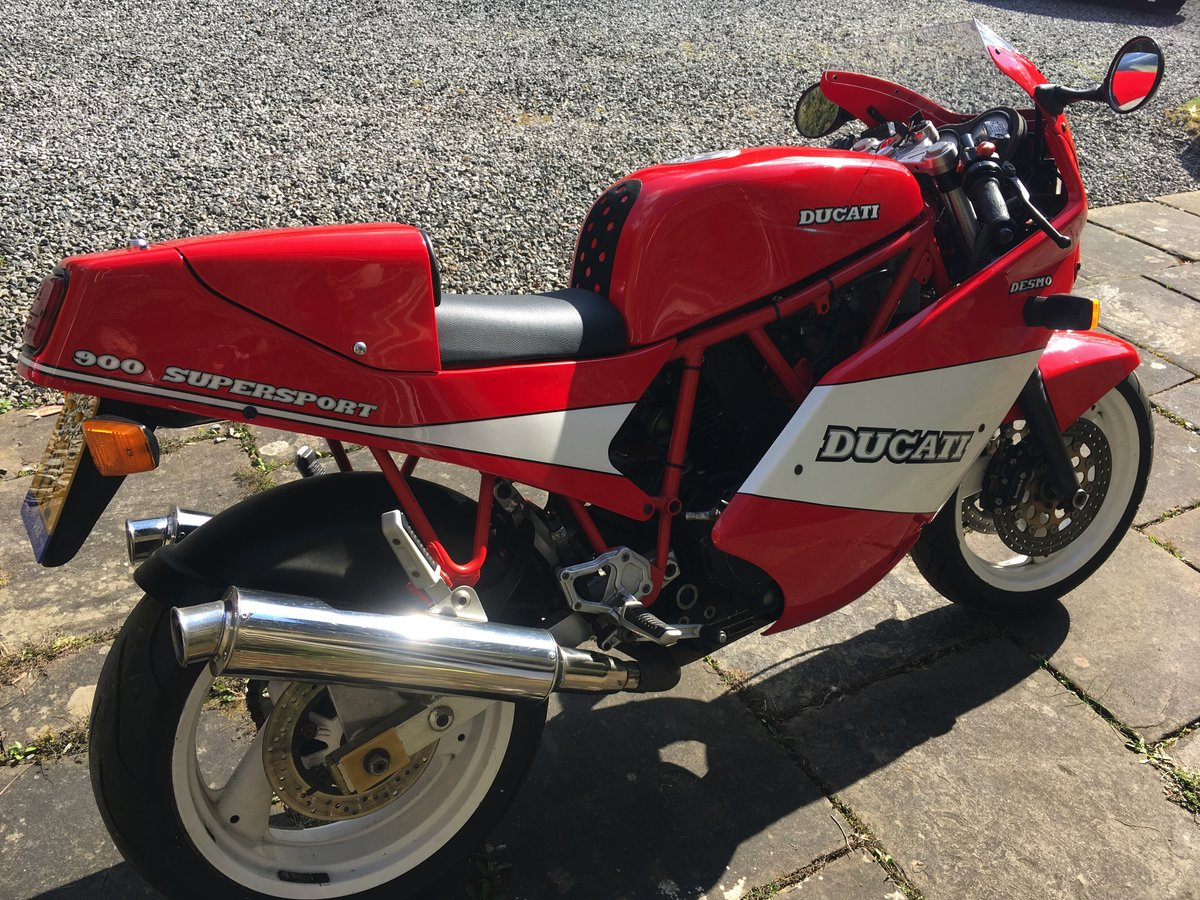 1990 Ducati 900 supersport SOLD   Car And Classic