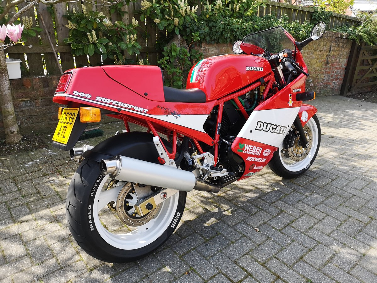 1989 Mint Low Mileage Ducati 900SS For Sale (picture 2 of 6)