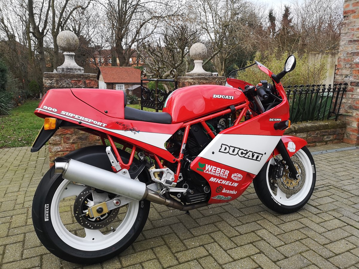 1989 Mint Low Mileage Ducati 900SS For Sale (picture 4 of 6)