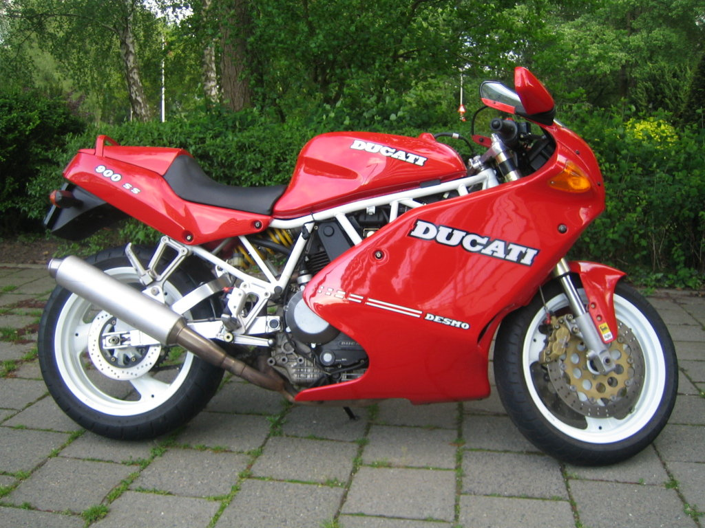 1992 Dutch Ducati 900SS first series  29400 km  For Sale (picture 1 of 6)