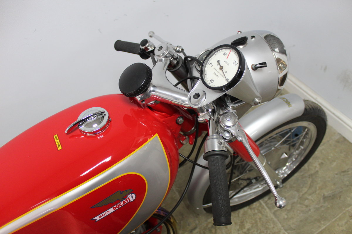 1966 Ducati Mach 1 250 cc OHC  with Five Speed Gearbox  SOLD (picture 3 of 6)