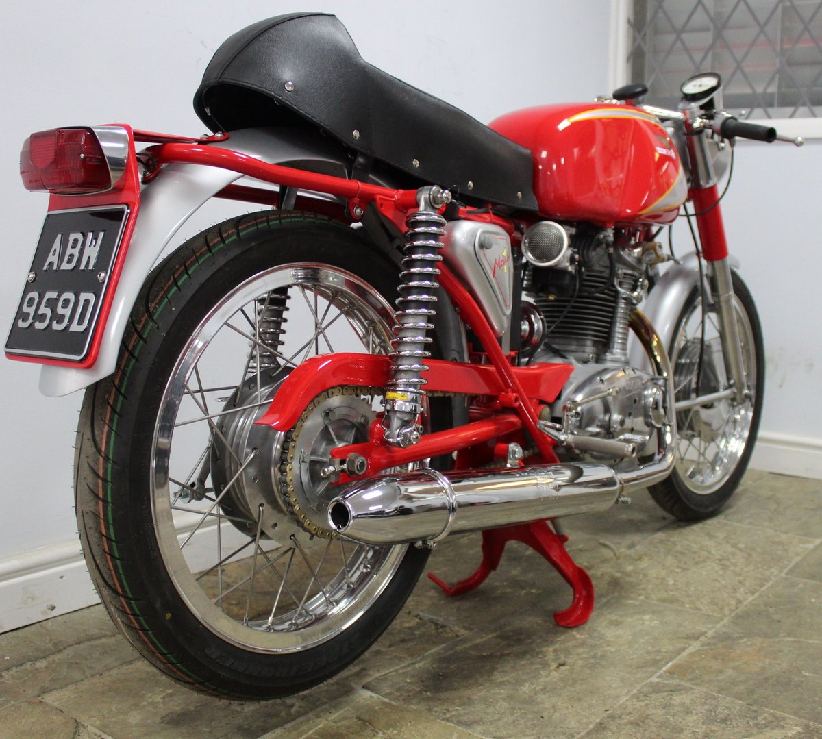 1966 Ducati Mach 1 250 cc OHC  with Five Speed Gearbox  SOLD (picture 4 of 6)