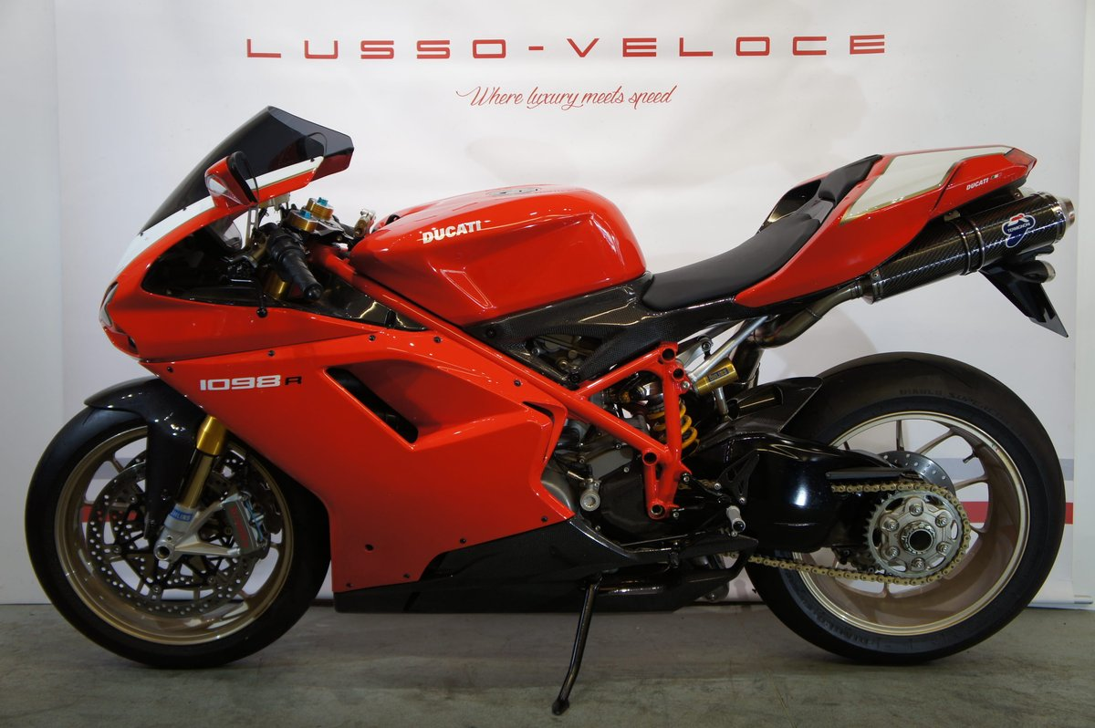 2008 Ducati 1098 R, 9500 miles, immaculate condition  For Sale (picture 2 of 6)