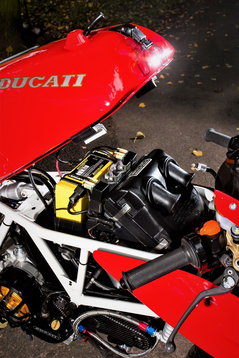 1992 Ducati White frame White wheel 900SS For Sale (picture 5 of 6)
