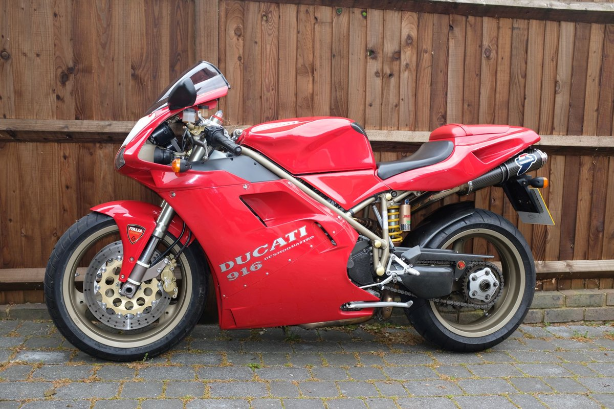 1997 Excellent condition Ducati 916 For Sale (picture 1 of 6)