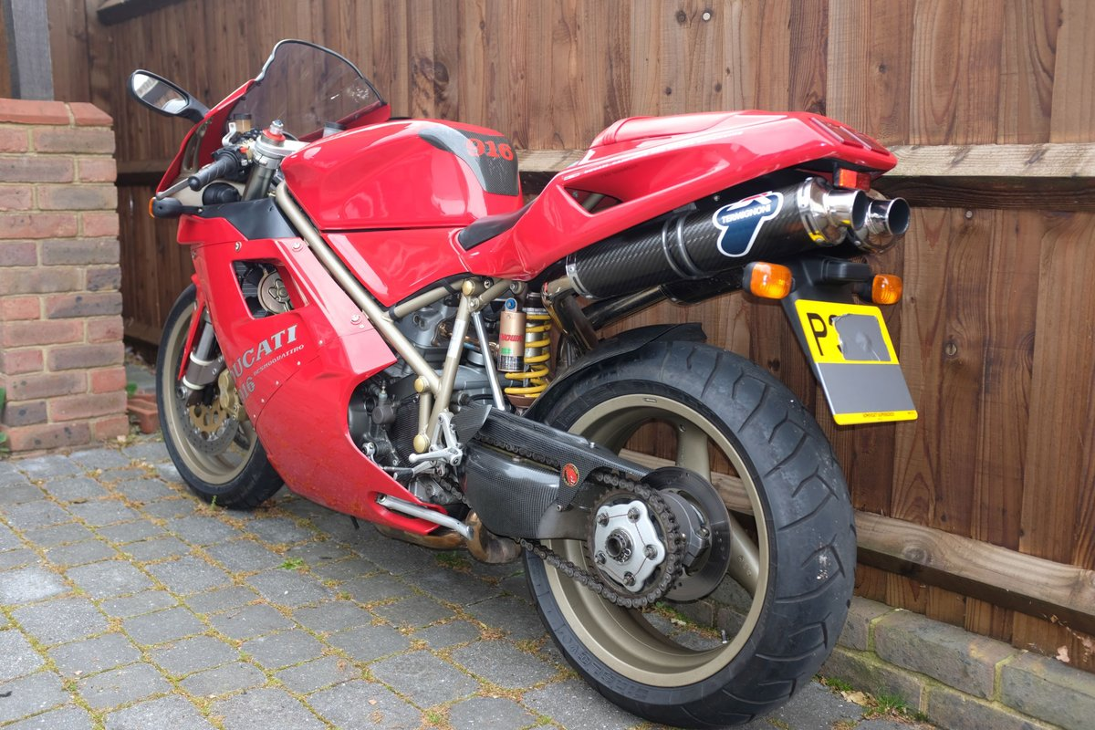 1997 Excellent condition Ducati 916 For Sale (picture 2 of 6)