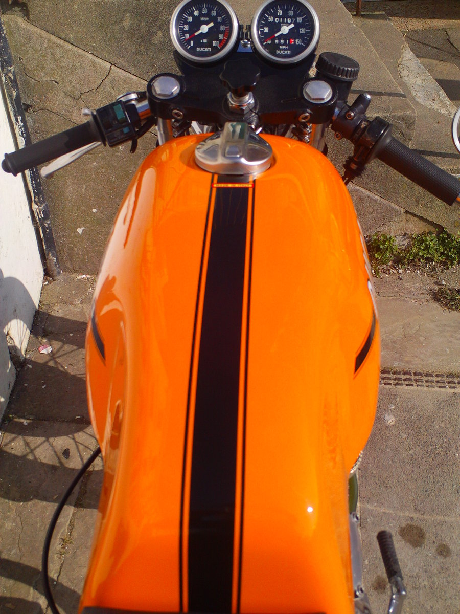 1974 DUCATI 750 SPORT ROUND CASE BEVEL For Sale (picture 5 of 6)