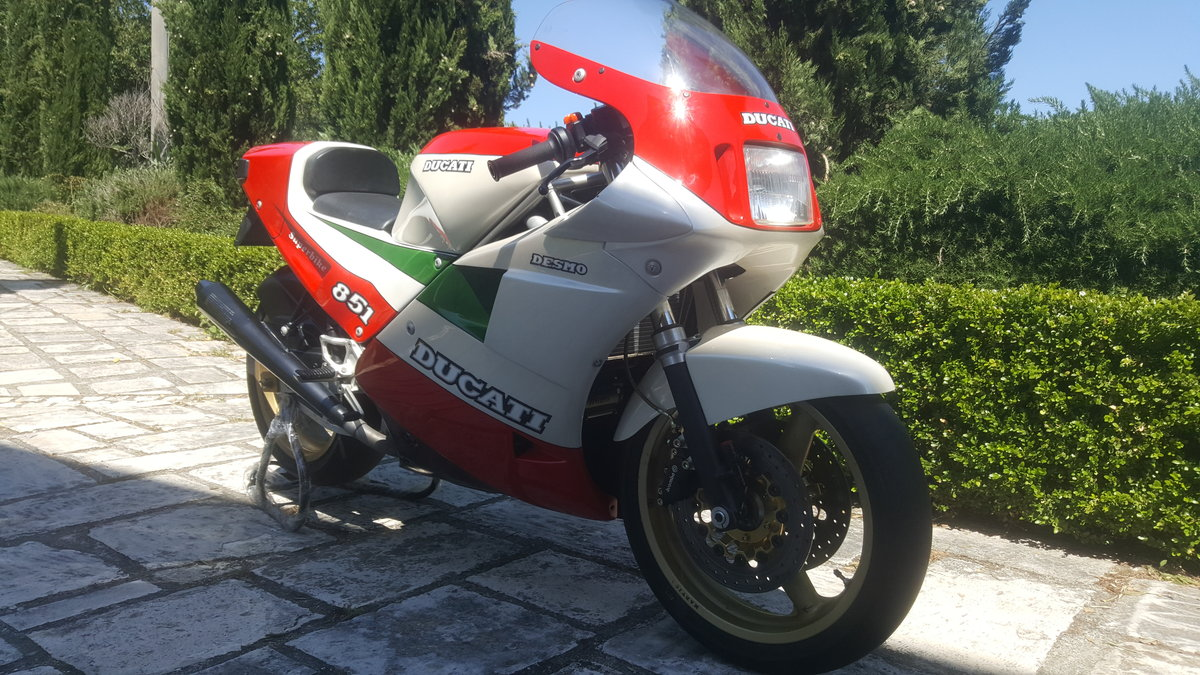 1988 Ducati Tricolore Kit (Racing) New. 207 produced For Sale (picture 3 of 6)