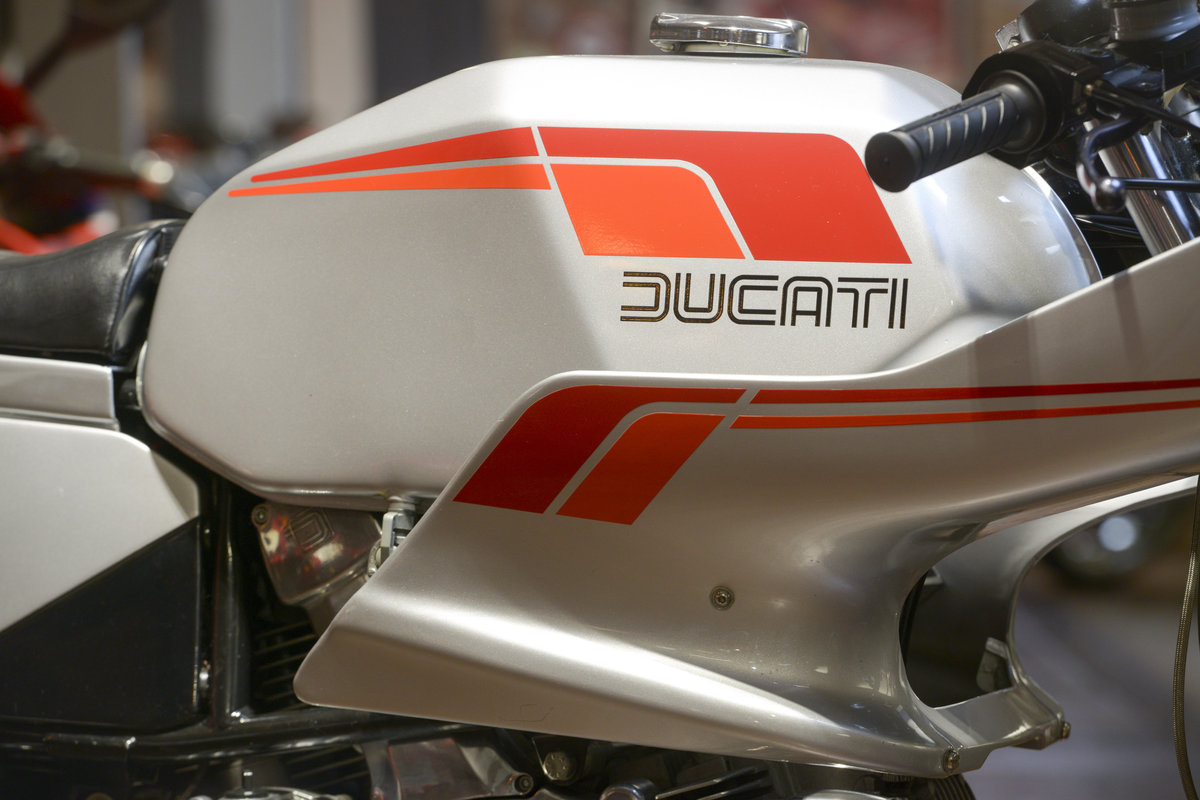1982 Ducati 600 Pantah Desmo Concours Example For Sale (picture 3 of 6)