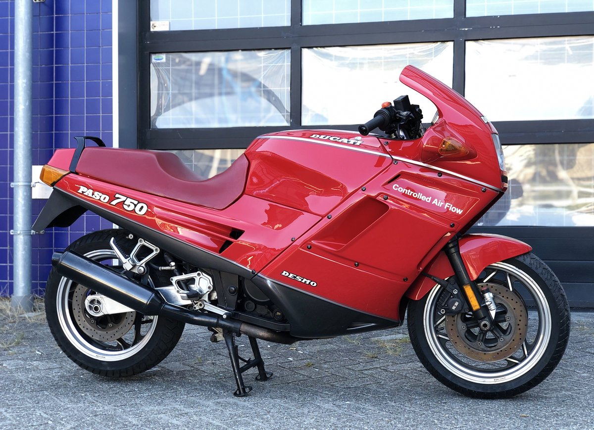 1993 Ducati 750 PASO collector bike ,top conditions SOLD (picture 1 of 6)