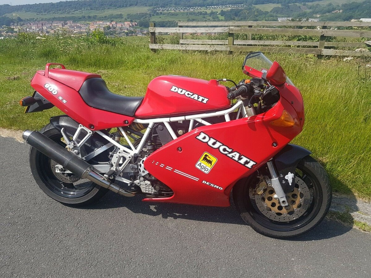 2002 Ducati 900SS low miles Excellent condition For Sale (picture 1 of 6)