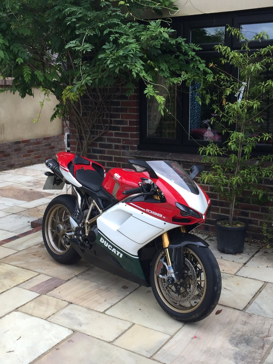 2007 Ducati 1098s Tricolore. For Sale (picture 1 of 6)